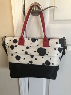Harvey s Disney Seatbelt Bag 101 Dalmatians Mini Streamline  Disneyana   Disney  WaltDisney Heart Failure 36b10f79086ef