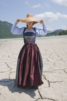 Dirndl 01 ‹ EvaVioletta – Modemanufaktur Pinup, Dirndl Dress, Witch Fashion, Color Me Beautiful, Period Costumes, Flattering Dresses, Folk Costume, Daily Wear, Traditional Dresses
