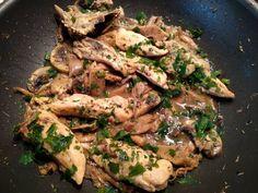 Κοτόπουλο κρασάτο με μανιτάρια Pork, Chicken, Meat, Nails, Pork Roulade, Ongles, Pigs, Nail, November Nails