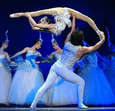 I love the ballet. Tchaikovsky's Swan Lake // Guangzhou Acrobatic Troupe mix the grace of classical ballet and technical difficulty. Just Dance, Dance Moms, Dance Like No One Is Watching, Tutu Ballet, Ballet Dancers, Dancer Problems, Ballet Quotes, Dance Humor, Funny Dance Quotes
