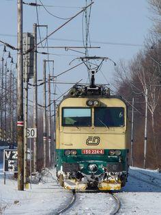 150 224-4,Valašské Meziříčí,4.2.2010,foto:Dobiáš Jiří Old Trains, Taiwan, Traveling, Trains, Europe, World, Locomotive, Travel, Trips