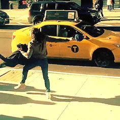 Anthony Ramos hailing a cab XD << that's how we do in New York<<Anthony oh my gosh