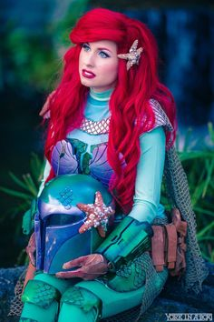 Ariel (in Mandalorian Armor) from The Little Mermaid + Star Wars mashup Cosplayer: Traci Hines Photographer: York In A Box