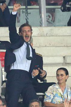 Les matchs de poule de l'Euro 2016 ont parfois révélé la présence de rois et princes dans les tribunes. Ainsi que celle des fils des princesses de Mon...