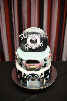 50's Diner party cake made with Yve and cadillac curtesty of Tina