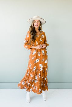 Long sleeve Maxi length V-neck Floral pattern all over Nursing Friendly! Rusty orange color Outer layer 100% Rayon Inner Lining 100% Polyester Model is 5'7 wearing a small Modest Dresses, Modest Outfits, Fall Dresses, Classy Outfits, Modest Fashion, Casual Dresses, Cute Outfits, Fashion Outfits, Fall Family Photo Outfits