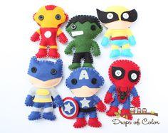 Set Felt Plush Super Heroes Ornaments - Super Heroes Plush Toys - 6 Plush Toys Spider Man, Batman, Hulk and more. - DIY Home Project Spiderman, Batman, Felt Diy, Felt Crafts, Hulk, Craft Projects, Sewing Projects, Felt Dolls, Felt Ornaments