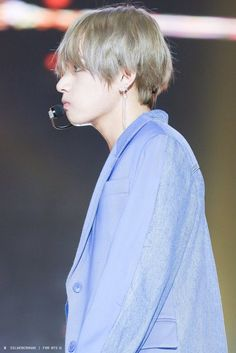 KIM TAEHYUNG | V | BTS | BEYOND THE SCENE's photos