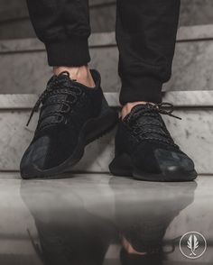 "RELEASE REMINDER ""adidas Originals Tubular Shadow Knit"" Clear Brown | US 5.5 - 12.5 | 99.95 | 08.12.2016 | 00:01h Midnight Instore Release | First 30 Customers get a ticket to the Secret Gig with @koolsavasofficial | @afewstore | @adidas @adidas_de @adidasoriginals @adidas_gallery @teamtrefoil #adidasOriginals #TubularShadow #SecretGig #KoolSavas #Rap #HipHop #Release #teamafew #klekttakeover #womft #sneakerheads #sadp #sneakersaddict #hypebeast #highsnobiety #modernnotoriety…"