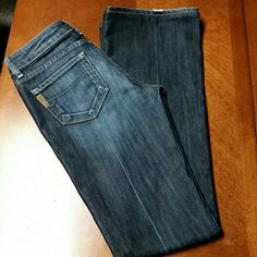 Paige Premium Denim Laurel Canyon Low Rise Bootcut. These jeans are adorable, dark wash, excellent condition, small spot of fray on the bottom as shown, no other stains or rips! Paige Jeans Jeans