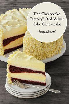 The Cheesecake Factory Red Velvet Cake Cheesecake Ceci est l'idée parfaite de dessert d'anniversaire! The Ultimate Red Velvet Cake Cheesecake ™ de The Cheesecake Factory® … Original Cheesecake Recipe, Mini Cheesecake Recipes, Homemade Cheesecake, Raspberry Cheesecake, Oreo Cheesecake, Original Red Velvet Cake Recipe, Chocolate Cheesecake, Pumpkin Cheesecake, Cheese Cake Factory