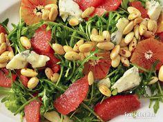 Rukolasaláta pink grapefruittal és kéksajttal - Receptek | Ízes Élet - Gasztronómia a mindennapokra Seaweed Salad, Grapefruit, Pasta Salad, Green Beans, Meat, Chicken, Vegetables, Ethnic Recipes, Pink