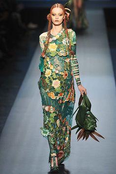 jean paul gaultier couture spring 2010 2 Paris Haute Couture Week: Jean Paul Gaultier Spring 2010