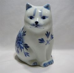 Handpainted Delft Blue Sitting Cat Figurine