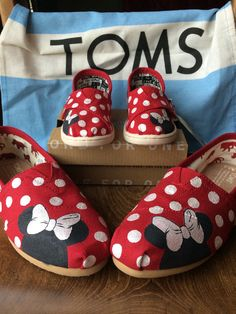 Mommy & Me Minnie Mouse TOMS by BrittBratsCreations on Etsy