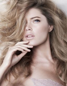 Doutzen Kroes, por Alex Cayley