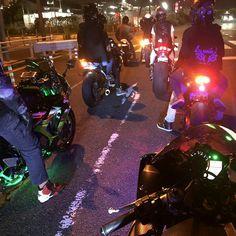 Motorbike Girl, Motorcycle Bike, Nocturne, Bike Pic, Biker Boys, Street Racing Cars, Quad Bike, Cafe Racer Bikes, Night Vibes