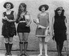 vieilles photos insolites en noir et blanc: les sportives