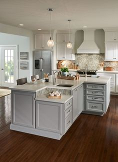 Hereu0027s An Easy Way To Upgrade Kitchen Cabinets, And Some Striking  Before And
