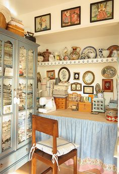 cute decorated sewing room ((this woman doesn't have a sewing room, this is 1 corner of her living room.))