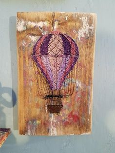 Vintage hot air balloon Nail and String art by Emma Roberts I use fine threads entwined around pin nails to create unique art work onto chunky rustic . Interior Design Minimalist, Minimalist Bedroom, Minimalist Decor, Minimalist Wardrobe, Minimalist Living, Minimalist Baby, Minimalist Kitchen, Arte Linear, Nail String Art
