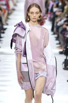 Valentino, Printemps/été 2018, Paris, Womenswear