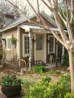 A cute little cottage or she shed. This would make a wonderful painting studio or backyard office space. Cute Cottage, Cottage Style, Shabby Cottage, Small Cottages, Cabins And Cottages, Tiny House, Small Buildings, Shed Plans, Cabin Plans