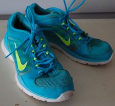 Womens NIKE TRAINING Sneakers Shoes 7 Running Athletic AQUA BLUE Lime Green  #Nike #Trainers