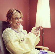"""Her smile is so cute💕💕"" Jessica Capshaw, Greys Anatomy Characters, Greys Anatomy Cast, Arizona Robbins, Amelie, Grey's Anatomy Doctors, Purple Walls, Her Smile, Girl Crushes"
