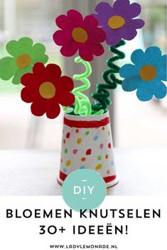 Easy Paper Flowers, Fabric Flowers, Handmade Greetings, Greeting Cards Handmade, Recycled Crafts, Diy And Crafts, Diy For Kids, Crafts For Kids, Diy Paper