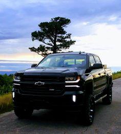 2018 Chevy Silverado 1500, Lifted Silverado, 2014 Chevrolet Silverado 1500, 2014 Chevy, Toyota Trucks, Chevrolet Trucks, Future Transportation, Chevy Girl, Truck Mods