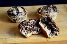 Sukkerfrie og saftige sjokolade- og bananmuffins (Bakekona)
