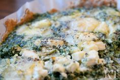 Kotona tehtyjä: Two cheese pie with spinach