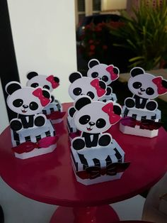 Centro de mesa Panda Baby Showers, Panda Decorations, Panda Bebe, Panda Birthday, Panda Party, Baby Shawer, Ideas Para Fiestas, Oscar Party, Valentine Box