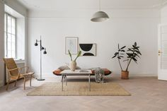 Spacious home in natural colors - COCO LAPINE DESIGNCOCO LAPINE DESIGN