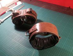 SM leder halsband und Suspension Handfessel by fsewing Leather