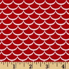 Riley Blake Summer Celebration Summer Waves Red from @fabricdotcom Designed by Dani Mogstad for Riley Blake, this cotton print fabric is perfect for quilting, apparel and home decor accents. Colors include red and white.