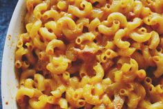 Heart attack in a bowl - Sriracha Bacon Mac n Cheese