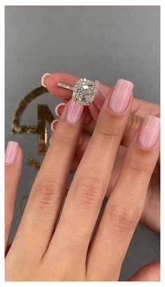Dream Engagement Rings, Princess Cut Engagement Rings, Engagement Ring Cuts, Cushion Halo Engagement Rings, Engagement Ring Vintage, Most Beautiful Engagement Rings, Wedding Ring Cushion, Emerald Cut Diamond Engagement Ring, Popular Engagement Rings
