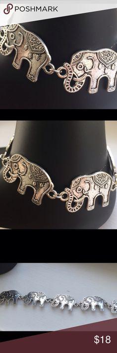 "Elephant Bracelet New 7 1/2"" Color Antique Silver Elephant Bracelet New 7 1/2"" Color Antique Silver~Lobster Claw Clasp Posherpooch Jewelry Bracelets"