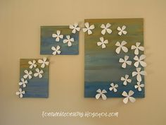 DIY plastic flower canvas art - wall flower decals glued to abstract painted canvases 3 Piece Canvas Art, Diy Canvas Art, Canvas Crafts, Canvas Wall Art, Painted Canvas, Custom Canvas, Unique Wall Art, Diy Wall Art, Diy Wall Decor