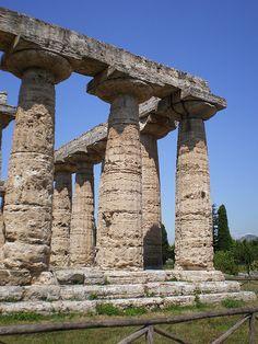 Ancient Greece : arhaika : doric order ; Temple of Hera and Poseidon - Paestum; 6 century b.c.