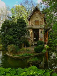 Alexandre Dumas' hideaway on the grounds of Monte Cristo Castle in Marly le Roi, France. Monte Cristo Castle in Marly le Roi, France. Forest Cottage, Cozy Cottage, Garden Cottage, Forest House, Storybook Cottage, Cottage Art, Cottage House, Cottage Ideas, Cottage Image
