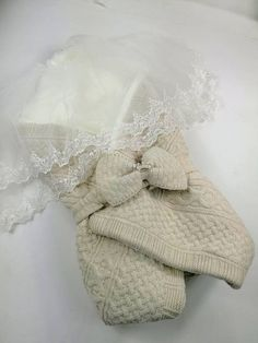 This cocoon swaddle keeps warming your baby in winter. You can use this original lamb wool blanket for baptism day or as a newborn baby gift. This wonderful baby blanket knit is made with soft lamb wool yarn mixed cotton with handknit. Wool Baby Blanket, Muslin Baby Blankets, Knitted Baby Blankets, Newborn Girl Outfits, Newborn Baby Gifts, Gifts For New Moms, New Baby Gifts, Christening Gowns Girls, Baby Princess