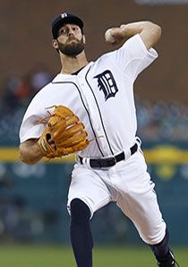 Pitcher Daniel Norris of the Detroit Tigers delivers Tiger Team, Mlb The Show, Team Photos, Chicago White Sox, Detroit Tigers, Espn, Baseball, Sports, Sport