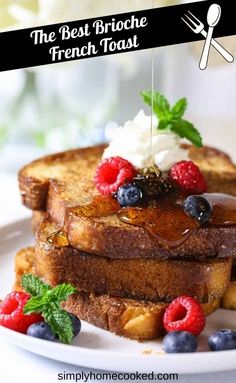 Peach French Toast, French Bread French Toast, Homemade French Toast, Brioche French Toast, Brioche Bread, Breakfast Toast, Savory Breakfast, Breakfast Dishes, Breakfast Ideas