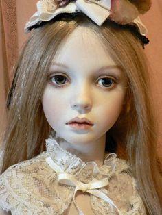 misuzu maru | 創作人形作家 <丸 美鈴 Maru Misuzu >さん                                                                                                                                                                                 もっと見る
