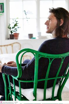 IKEA NIPPRIG Alle producten zijn handgemaakt van hernieuwbare en natuurlijke materialen als waterhyacint, zeegras, bamboe en kokosnoot.