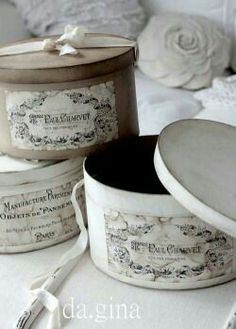 Discovered by Find images and videos about beautiful, vintage and lovely on We Heart It - the app to get lost in what you love. Shabby Chic Stil, Chabby Chic, Shabby Chic Crafts, Decoupage Box, Decoupage Vintage, Shabby Vintage, Vintage Hat Boxes, Paper Mache Boxes, Altered Boxes