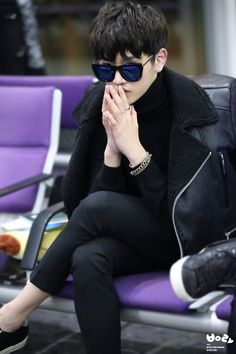 Ren at HongKong Airport